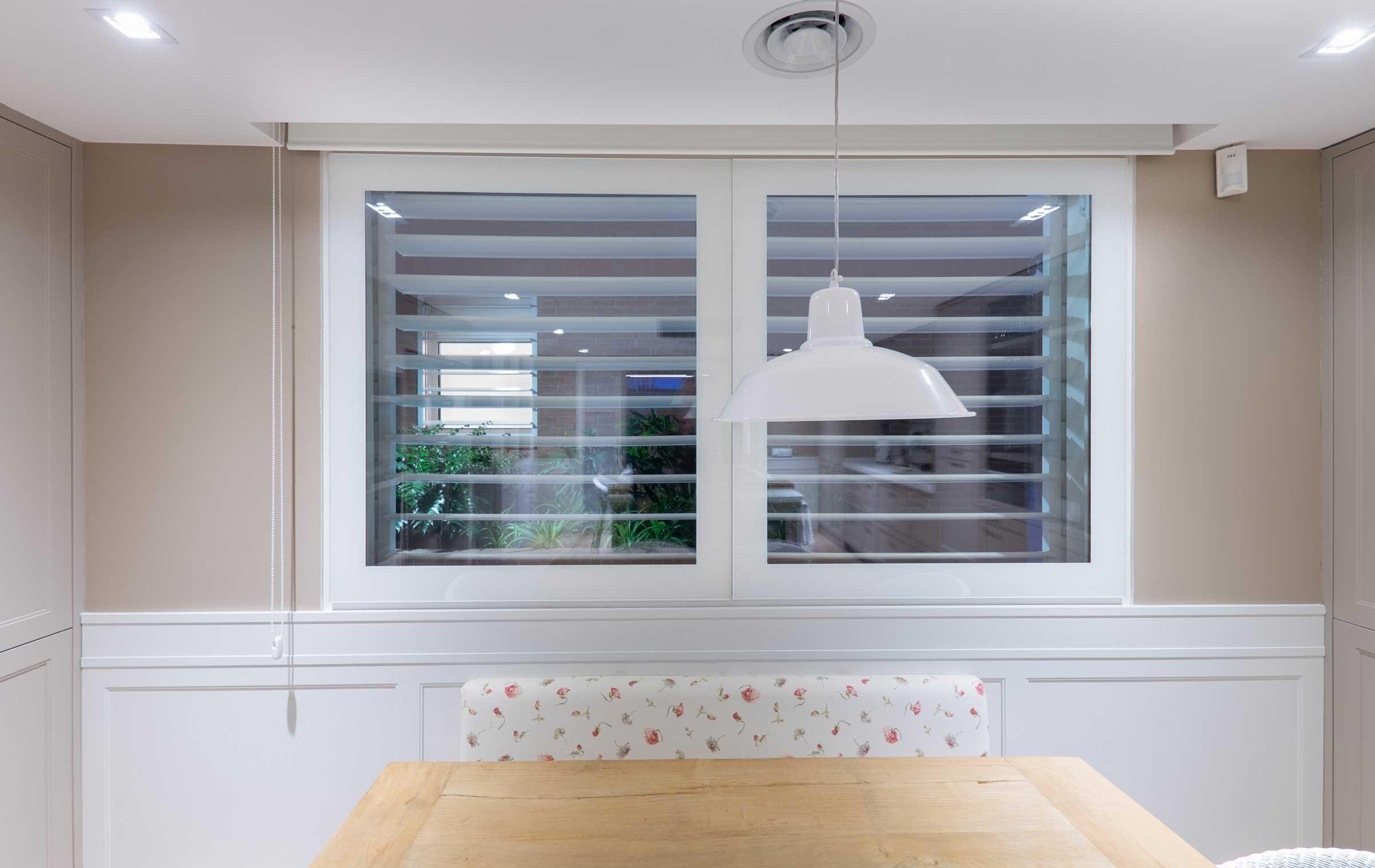 VITRAWINDOW_ventana-sin-perfiles_-ventana-sin-marco-ventana-minimalista-arquitectura-minimalista-casa-minimalista-creawindows4