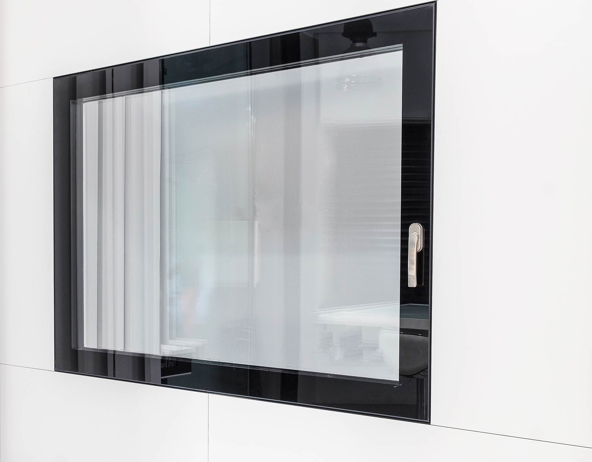 vitrawindow_-ventana-sin-perfiles_ventana-minimalista_-ventana-minimalista-barcelona